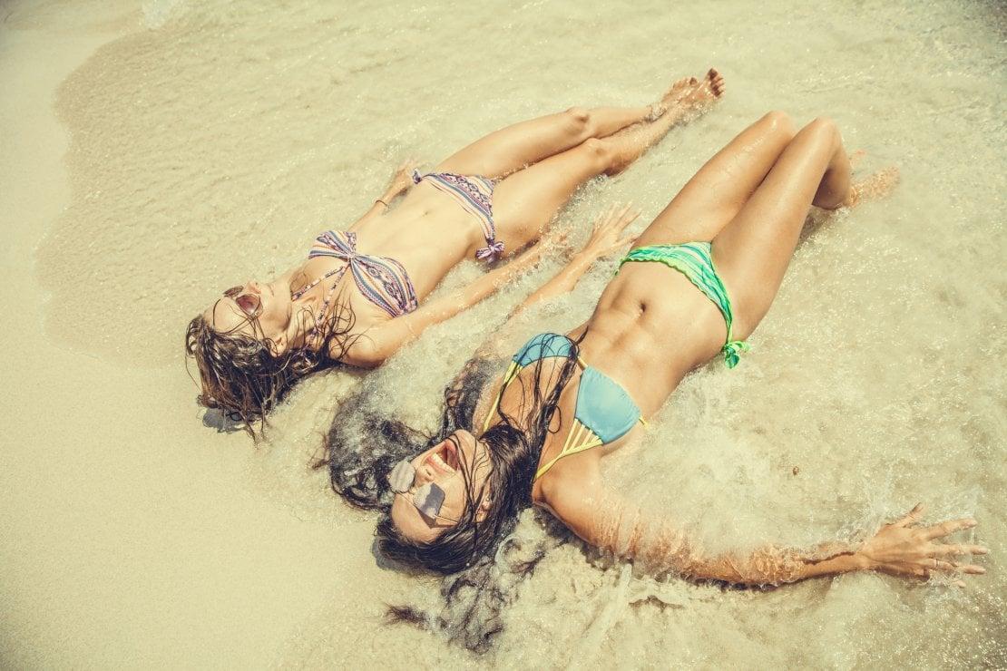 Tanoressia: se l'ossessione per l'abbronzatura diventa malattia e dipendenza