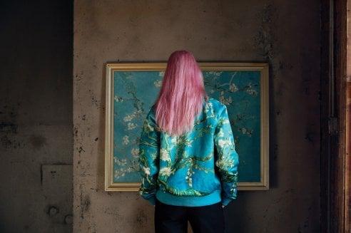 Mi metto addosso un Van Gogh. La collezione Vans che