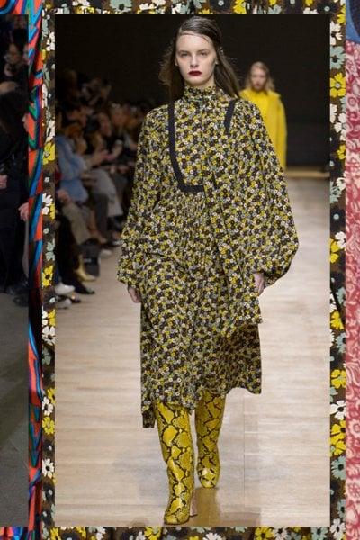 Lunghi, colorati e comodissimi: gli abiti foulard dell'Autunno Inverno 2018