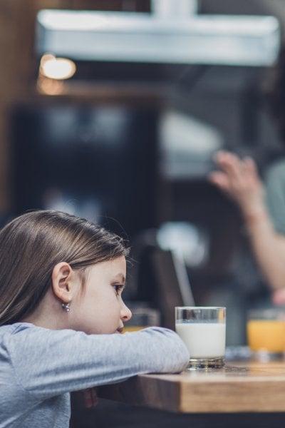Affido condiviso sì o no? I consigli della psicologa per gestire i figli in due, senza bigenitorialità perfetta