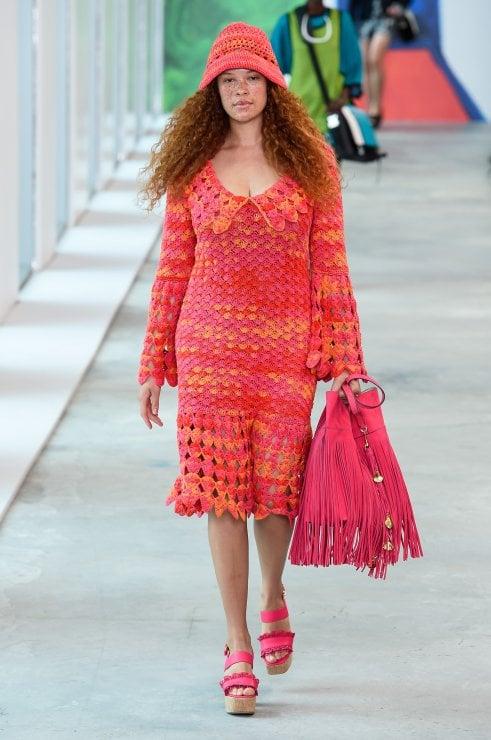Fashion Week: a New York e Londra la moda abbraccia le donne curvy. Sarà lo stesso a Milano e Parigi?