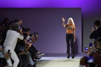 Versace: da Gianni a Donatella fino alla vendita a Michael Kors