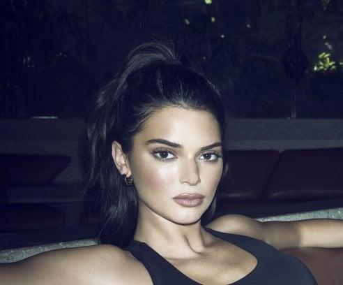 876a3dbc4b Kendall e Kylie firmano una capsule collection di borse. chiudi. Kendall +  Kylie for Carpisa
