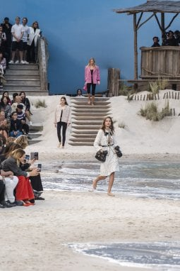 La sfilata Primavera Estate 2018 di Chanel