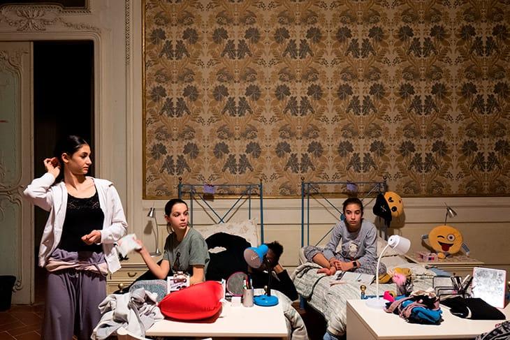 Molte ragazze arrivano qui a 13 anni: «È presto per lasciare casa, ma poi si diventa una famiglia».