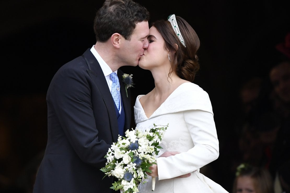 Principessa Eugenia: l'abito, i vip, il vento, Meghan e Harry, il racconto del royal wedding