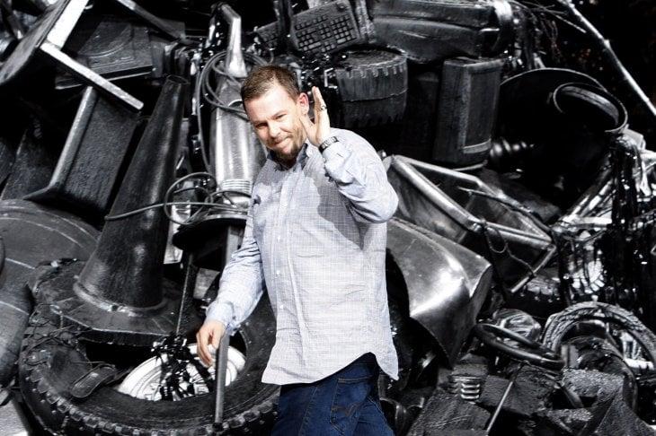 L'hooligan della moda: il documentario su Alexander McQueen arriva su Sky