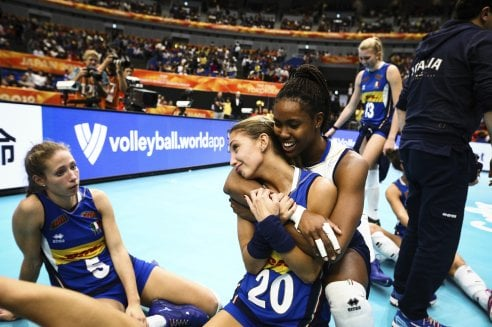 Volley: le azzurre vanno in finale e ci fanno sognare un'Italia migliore