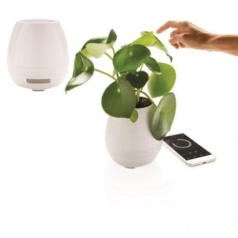 Svago 36 idee in bianco libri tecnologia oggetti per - Tecnologia per la casa ...