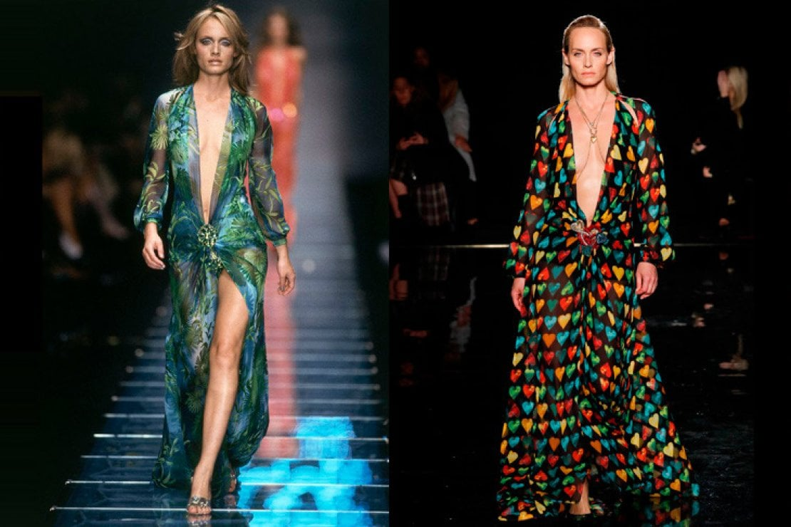 A sinistra Amber Valletta sfila per Versace nel 1999, a destra oggi per la pre-fall 2019