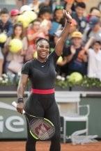 Serena Williams batte i maschilisti del tennis: potrà indossare la sua catsuit
