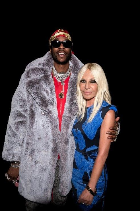 Il rapper americano 2 Chainz e Versace per una collezione sportwear dal cuore hip hop