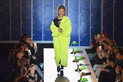 Rihanna e LVMH pronti a lanciare una nuova casa di moda nel settore luxury