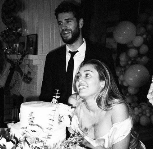 Miley Cyrus e Liam Hemsworth: l'album delle nozze segrete è su Instagram