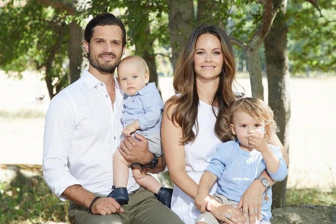 I principi di Svezia Carl Philip e Sophia con i figli Alexander e Gabriel