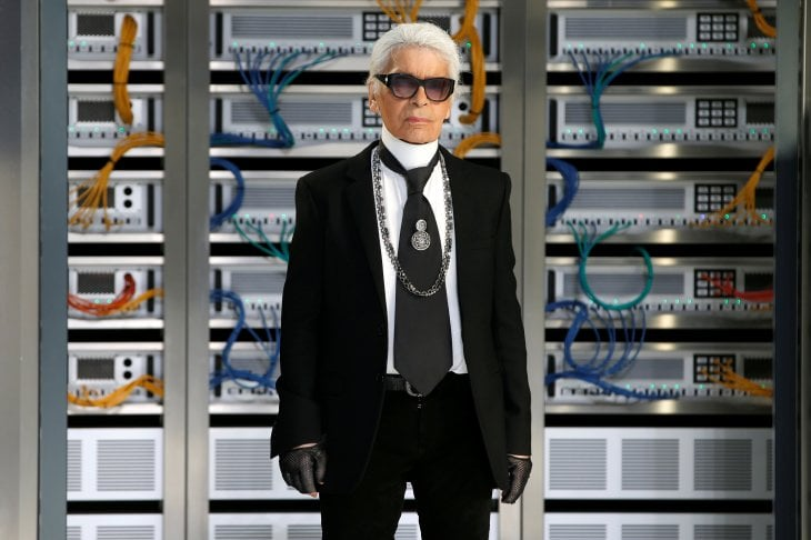 È morto Karl Lagerfeld, stilista di Chanel e Fendi