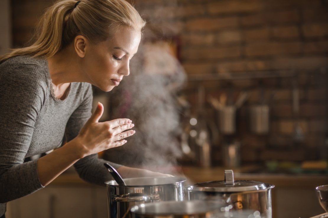 Mindful Eating: così la meditazione aiuta a migliorare il nostro rapporto con il cibo e la fame