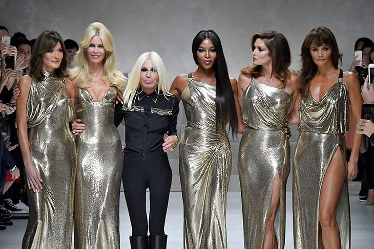 Donatella Versace, 63anni, e le top model degli anni '90