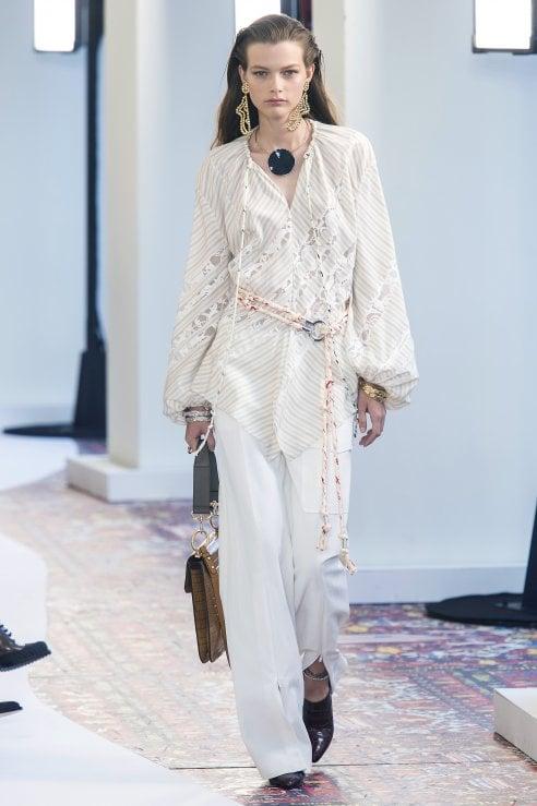 506edc403b Abiti, accessori e make up: l'estate si veste di bianco - Moda - D ...