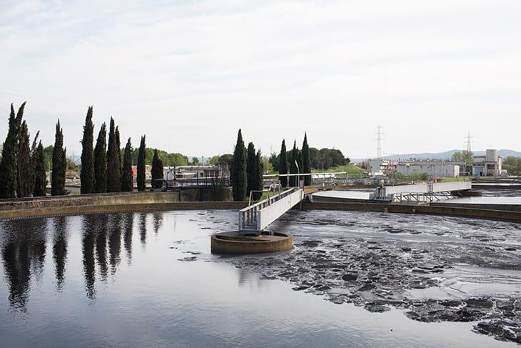 Vasche di sedimentazione secondaria del Gida, impianto di depurazione di Prato.