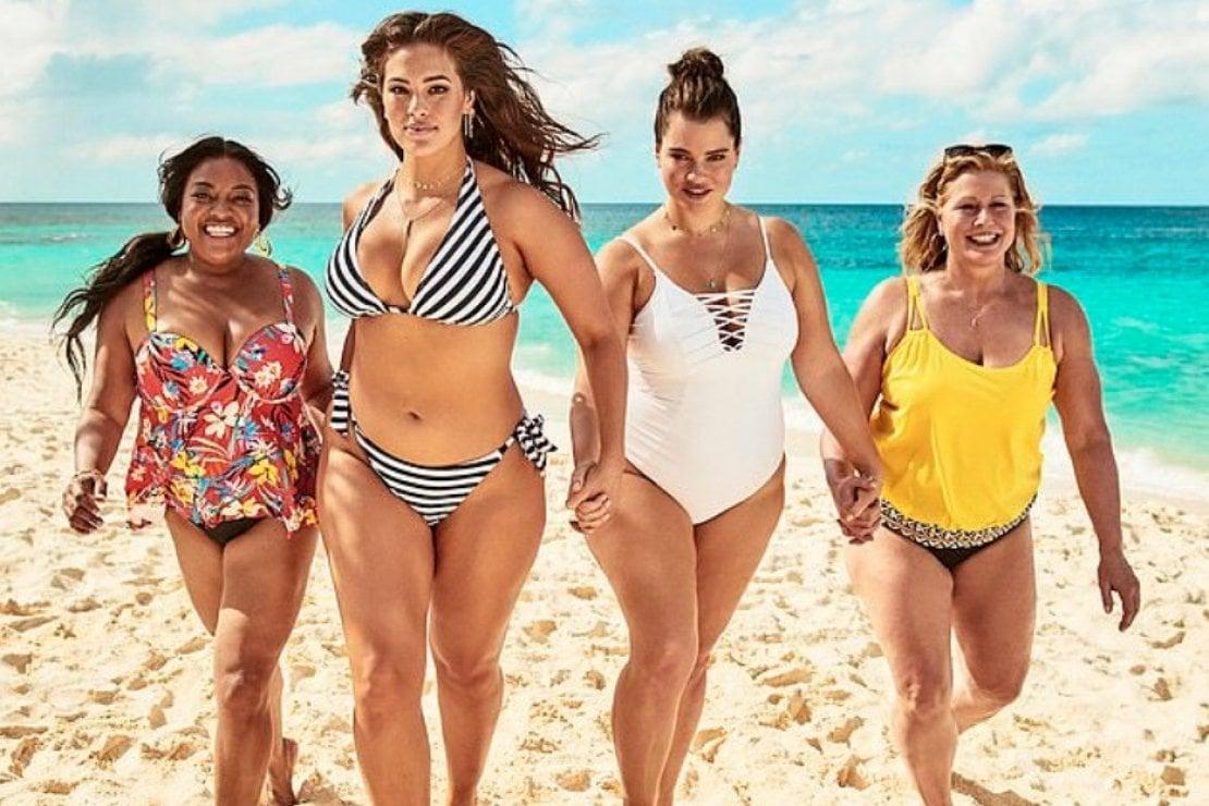 Ashley Graham posa per la nuova campagna della collezione Swimsuits For All a lei creata nel 2015
