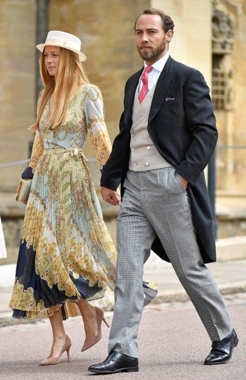 Kate Middleton parsimoniosa, ma la fidanzata di suo fratello la batte: il suo abito da royal wedding costa solo 50 euro