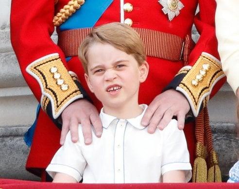 Auguri principe George di Cambridge! Sei anni in 60 ritratti, tra bronci e facce buffe