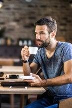 Fine di un amore: sei segnali per capire quando il partner sta perdendo interesse