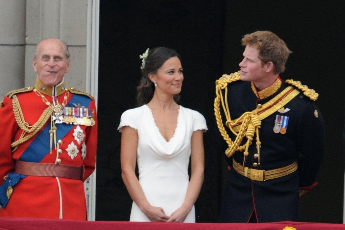 Nel 2011, all'epoca del matrimonio di William e Kate, Pippa aveva 28 anni, Harry ne aveva 27