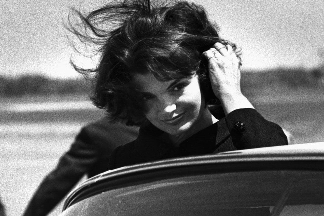 Il 28 luglio Jackie Kennedy avrebbe compiuto 90 anni: ecco perché il suo stile non smette di piacere