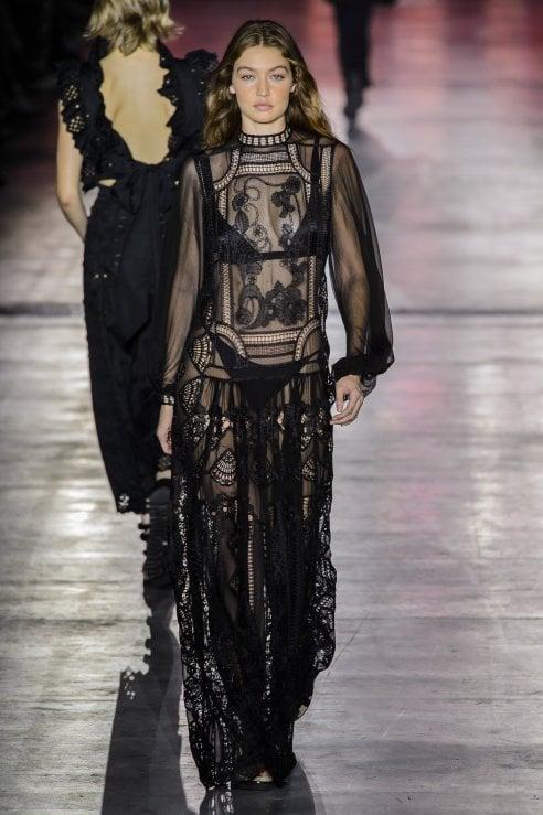 online store 66aae 7e99c Look di Ferragosto: gli abiti che si possono usare di giorno ...