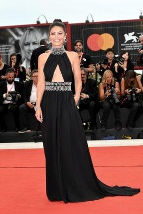 Tutti i look di Alessandra Mastronardi al Festival di Venezia: vota il tuo preferito