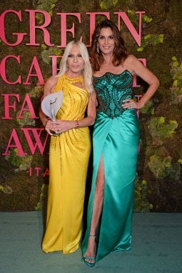 Green Carpet fashion Awards 2018, Donatella Versace e Cindy Crawford