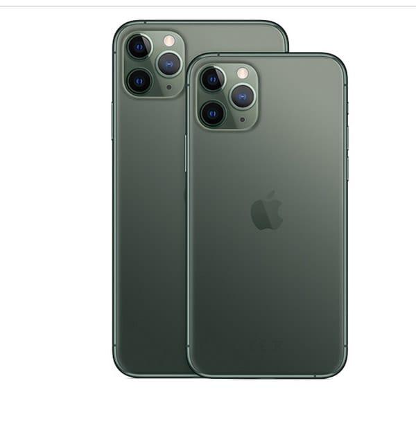 AppleIl sistema a tripla fotocamera di iPhone11Pro e Pro Max ha in più un  teleobiettivo perfetto per scattare ritratti professionali e zoomare sui soggetti  distanti, come animali selvatici o eventi sportivi. Super retina, resitente all'acqua fino a 4 metri,