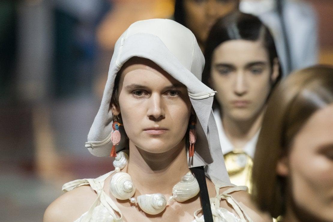 Le cloche moderne di Prada: già un must have