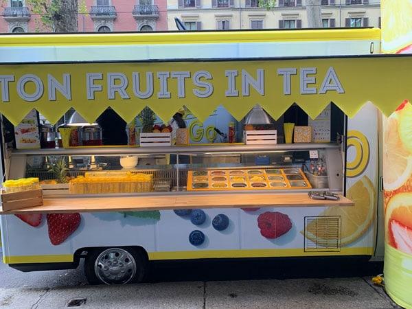 Frutta e tè da bere in giro, Lipton Italia