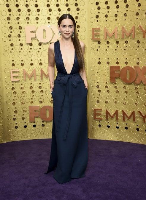 Gli abiti più belli degli Emmy Awards: da Emilia Clarke a Gwyneth Paltrow passando per Naomi Watts