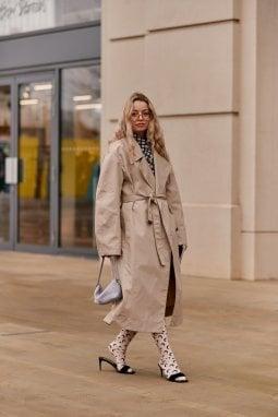 Cammello: il modo migliore per indossarlo? Tante sfumature portate l'una sull'altra, meglio se con un look al maschile