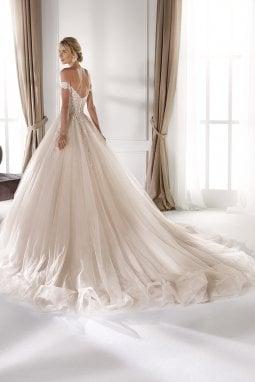 L'abito di Nicole Spose