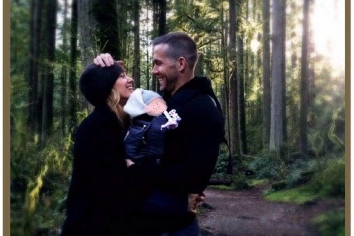 È una bambina! Ryan Reynolds posta la prima foto della terza figlia avuta da Blake Lively
