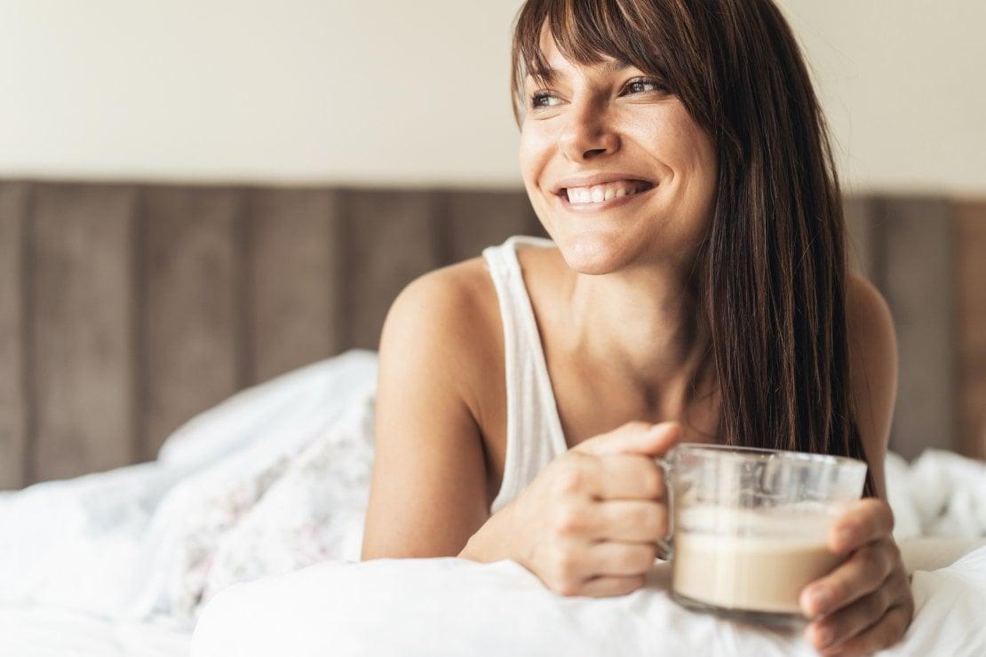 Cambio dell'ora, domenica 27 ottobre alle 3: dal buon riposo al cibo sano, i consigli per gestirlo al meglio