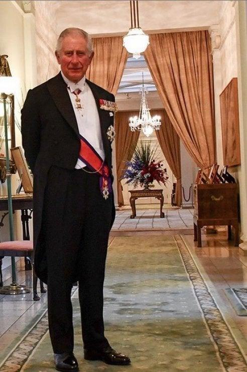 Buon compleanno Carlo d'Inghilterra. A 71 anni è ancora in attesa della corona