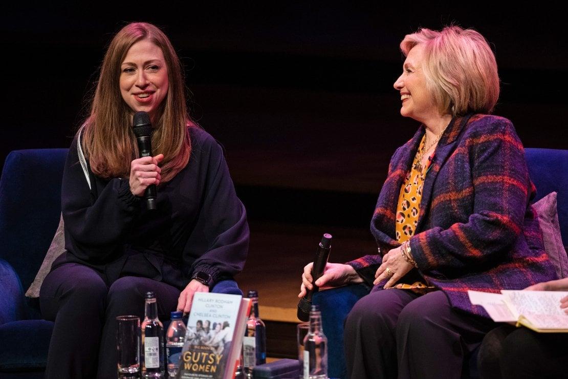 Chelsea e Hillary Clinton al Southbank Centre di Londra per la presentazione del libro