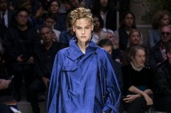 Classic blue  è il colore del 2020 per Pantone: moda, beauty, tecno e design