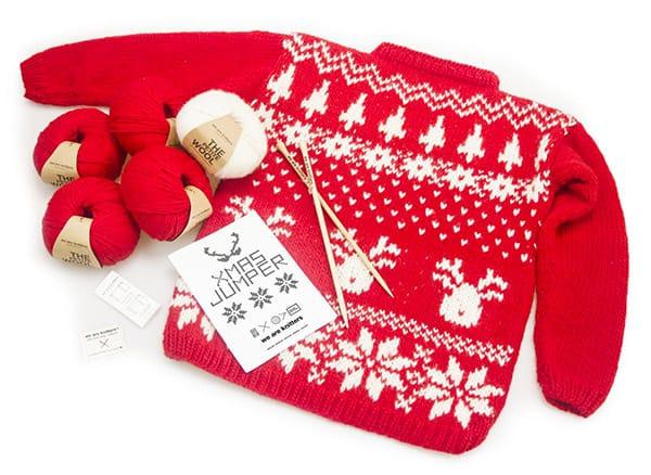 Kit per realizzare maglioni natalizi, We are knitters