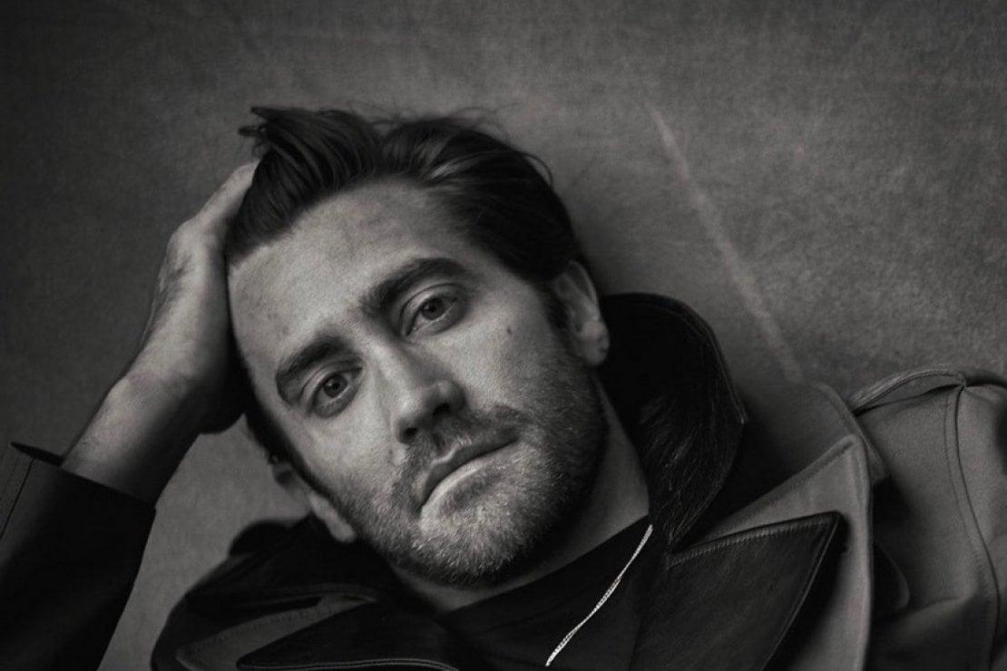 Jake Gyllenhaal ritratto da Peter Lindbergh (foto @jakegyllenhaal). L'attore, nato il 19 dicembre, è Sagittario