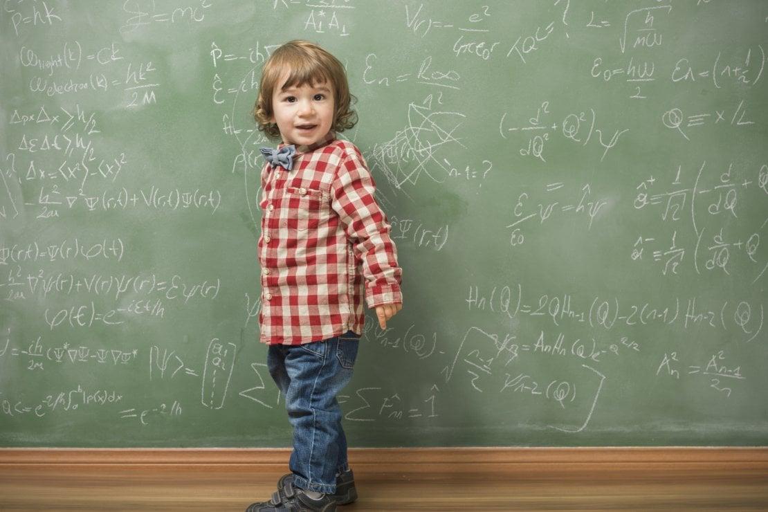 Storia del padre che insegna la fisica quantistica ai suoi bambini. E anche ai tuoi