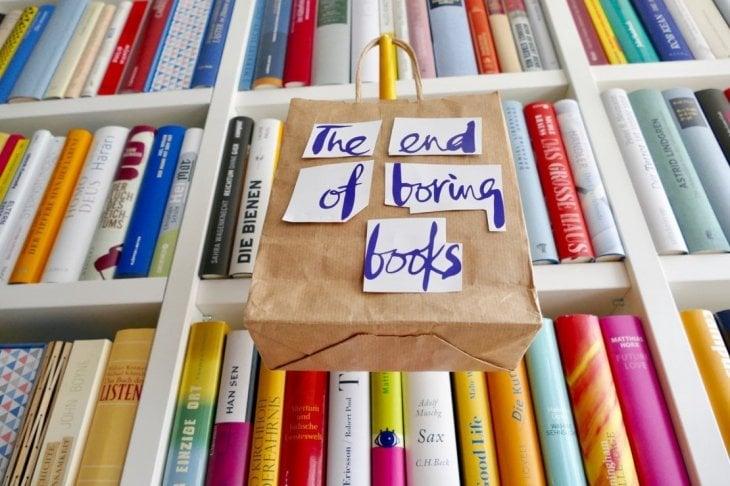 Così il modo di ordinare i libri in casa potrebbe dire molto di te