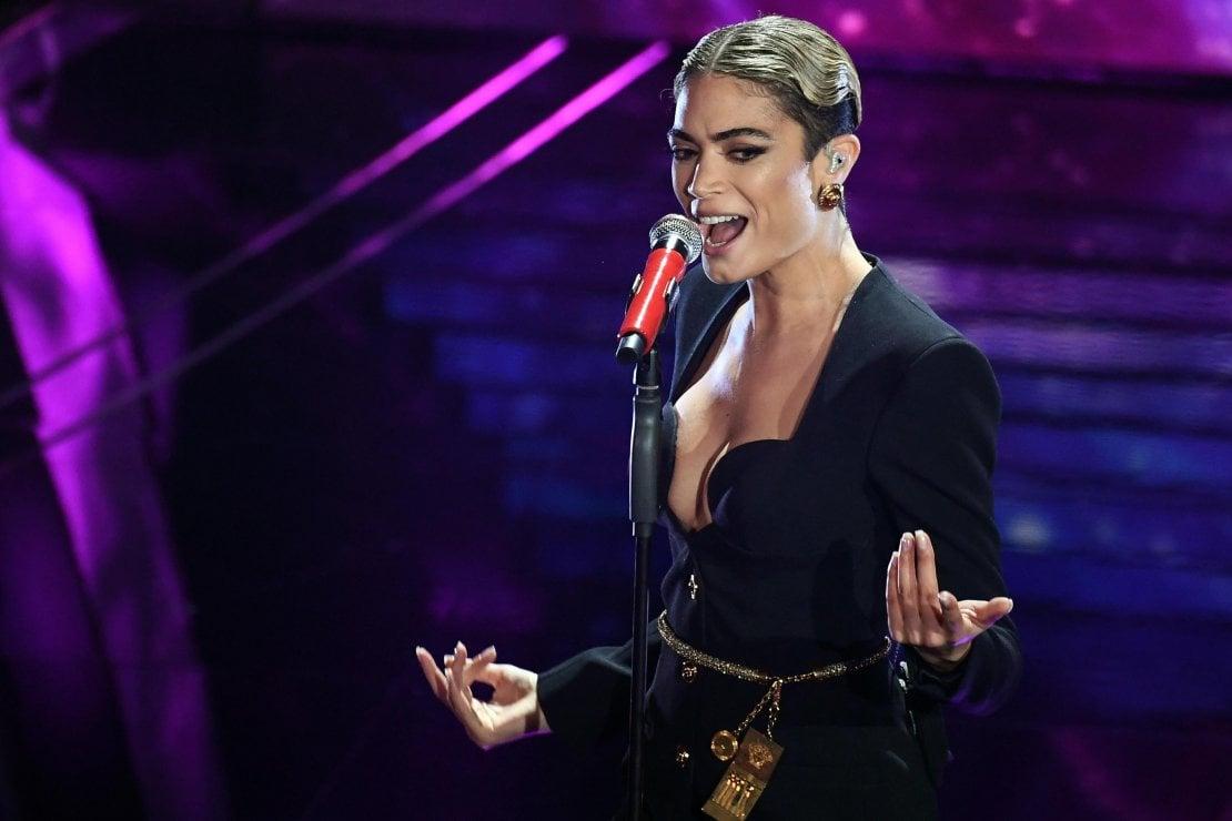 Sanremo 2020: il make up artist di Elodie svela ogni dettaglio dei beauty look della cantante