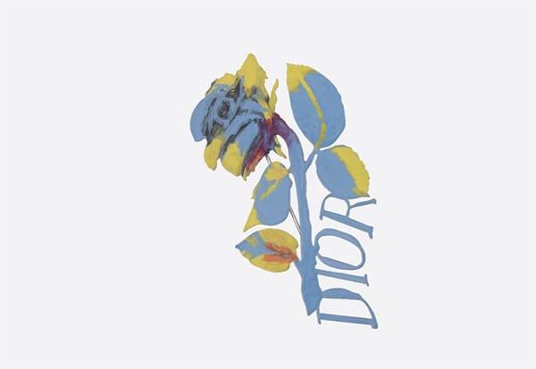 Dalla collaborazione tra la Maison Dior e il pittore inglese Alex  Foxton, è nata una spilla che simboleggia il cuore di Dior: la rosa.